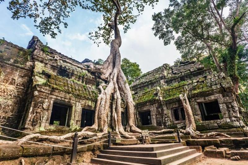 Scammers at Aranyprathet Thai/Poipet Cambodia Visa Run